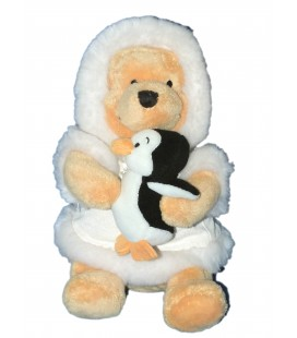 RARE ET COLLETOR - Peluche Noël - Doudou WINNIE l'ourson - Manteau blanc - Pingouin - H 24 cm - Disney Store London