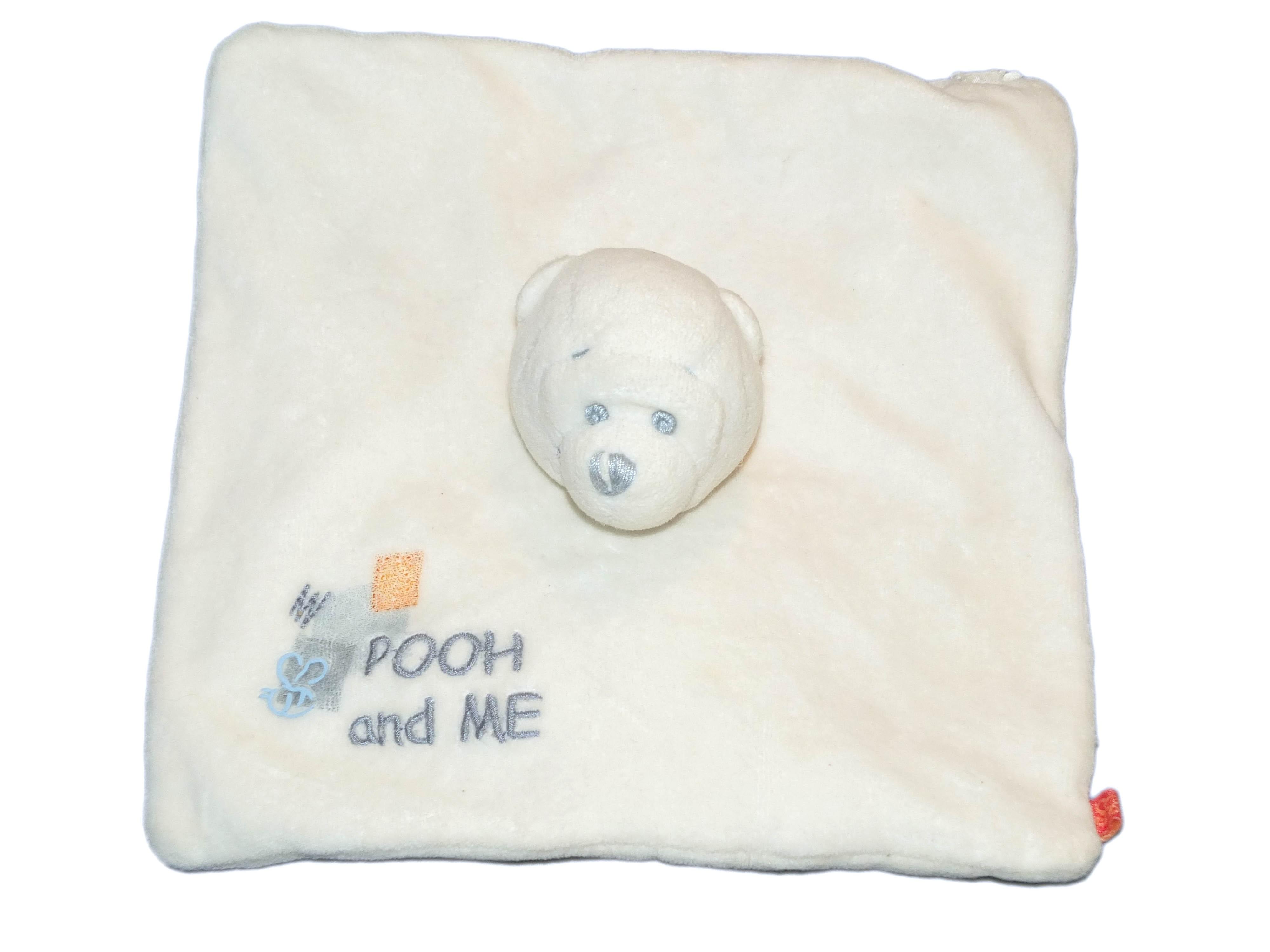 Doudou Winnie plat blanc Disney Carrefour Pooh and Me 20 cm Abeille