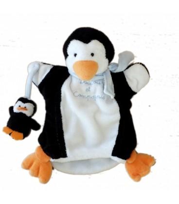 DOUDOU ET COMPaGNIE Marionnette Pingouin blanc noir Echarpe bleue et bébé