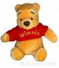 Peluche doudou Winnie Assis DISNEY pull rouge laine 20 cm Disney Disneyland Resort