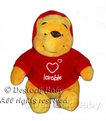 Peluche doudou Winnie l'Ourson Lovable Pull rouge capuche H 18 cm Disneyland